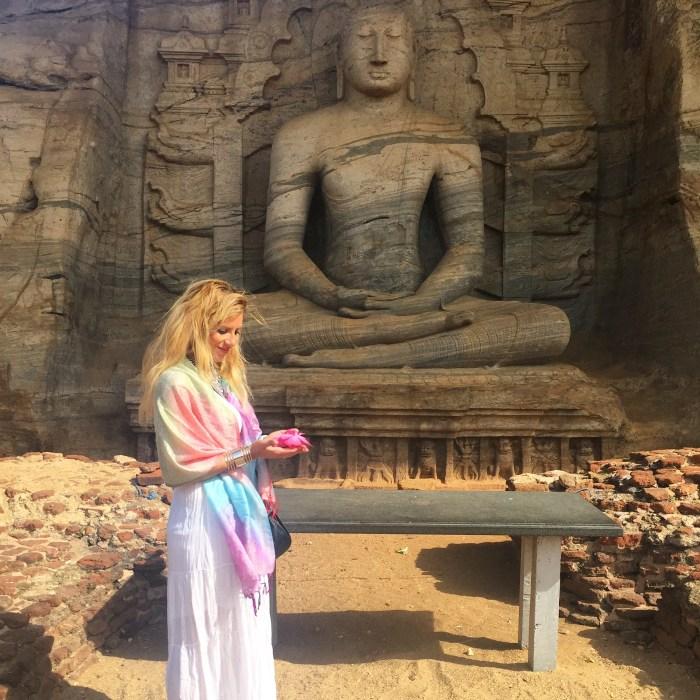 Polonarauwa sri lanka Buddha - hofit kim cohen