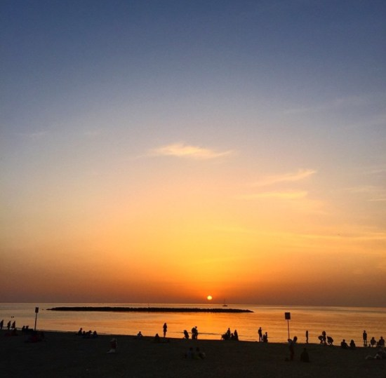tel aviv sunset - 17 Fun Things To Do In Tel Aviv, Israel