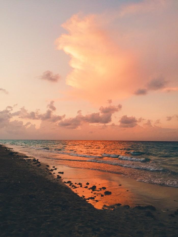 Cuba sunset in Santa Maria - Vanilla Sky Dreaming