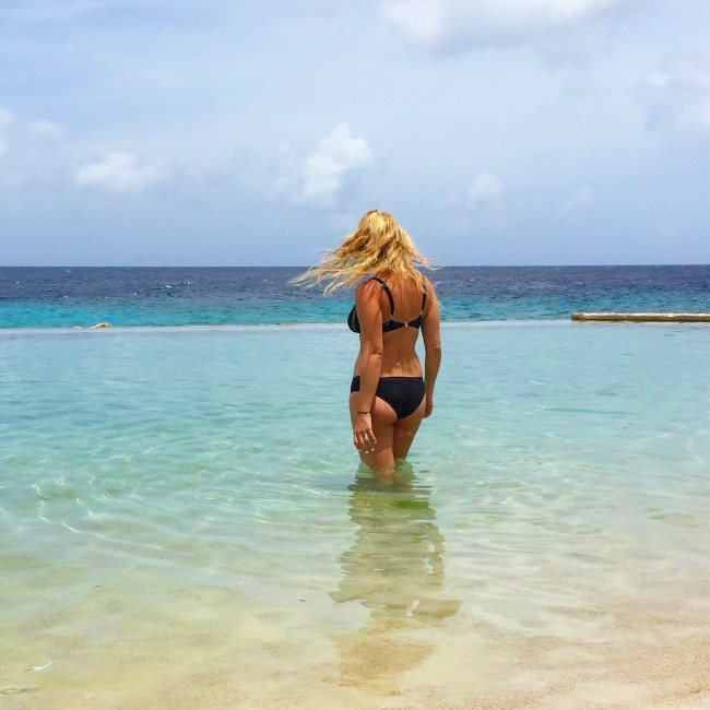 Island Girl (Curaçao) Hofit Kim Cohen (Vanilla Sky Dreaming)