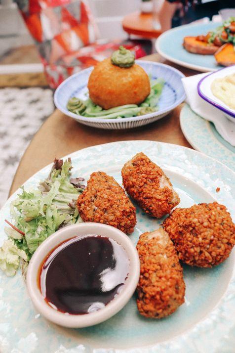 'Chicken Bites' - Crumed Jackfruit with BBQ sauce