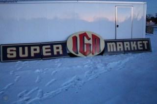 IGA super market