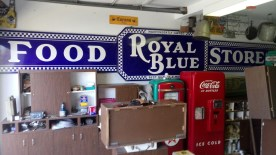 royal-blue-food-store-antique_1_36f3eadf553500a43461637ec3f909b3