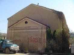 Chrortkiv - synagogue next to the market
