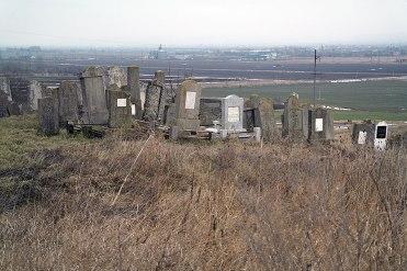 Novoselitsa - Jewish cemetery