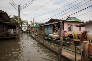 After the flood in Thonburi, 2011 - © Philippe Besnard