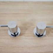 Round-Chrome-Pin-Lever-14-Quarter-Turn-Hot-Cold-Twin-Tap-Set-Wall-Top-Assembly-252842144303-4