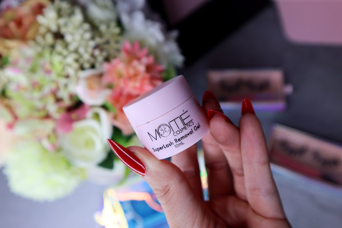 The Moitie 10-Day SuperLash Removal Gel