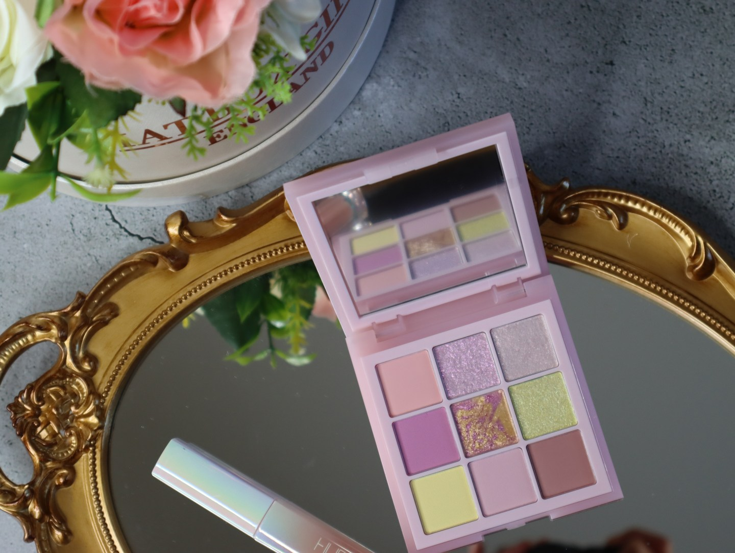 Huda beauty Pastel Rose Obsessions palette review