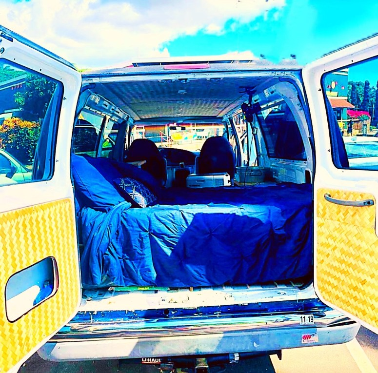 5stars view vanlife maui campervan rental fully equipped off grid living 2 people vacation romantic