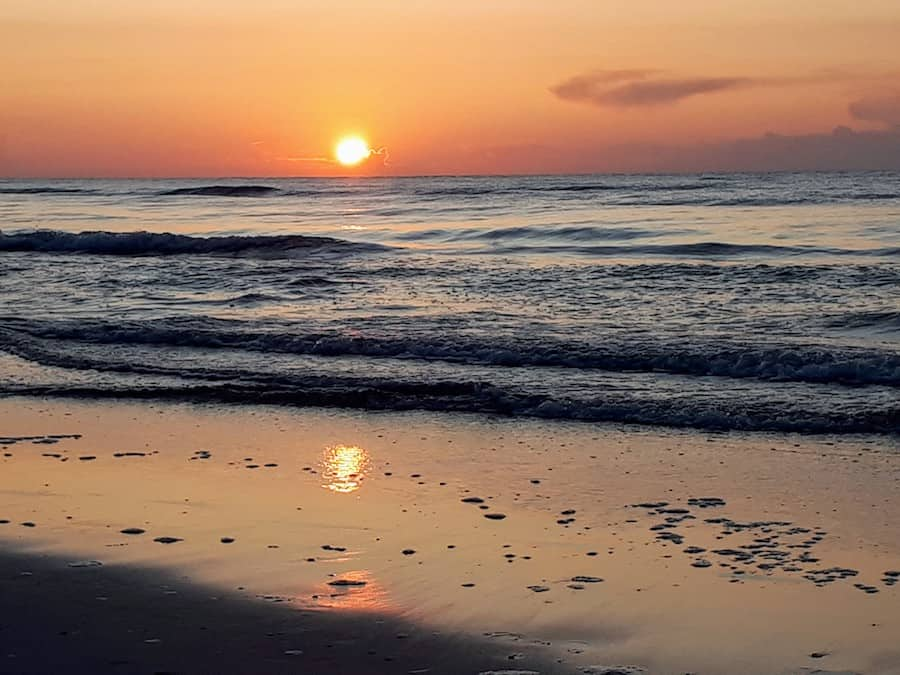 Polen - Sonnenuntergang am Meer_