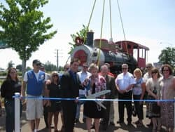 Ribbon Cutting Ceremony at Keizer Station