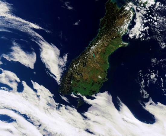 New_Zealand_s_South_Island-Medium-550x453
