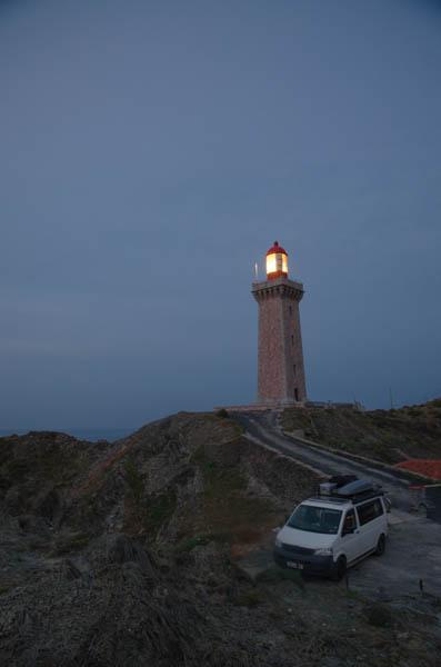 Vanlife am Leuchtturm in Südfrankreich