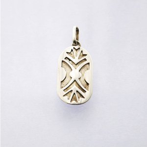 DANCE SHIELD MASSIF PENDANT STERLING SILVER