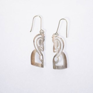 FERN CARVING SHAPED HOOK EARRING STERLING SILVER