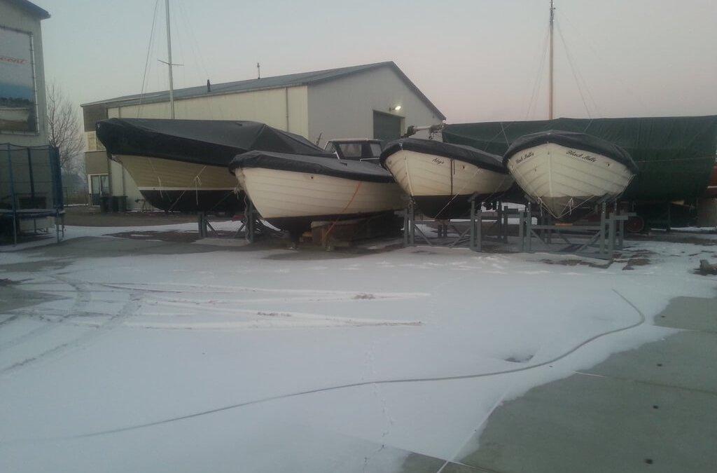 Winterstalling binnen of buiten voor zowel waterscooters als boten