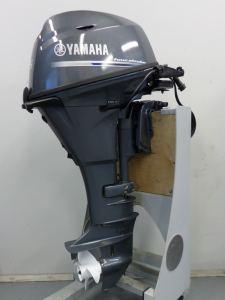 Yamaha F15 CE