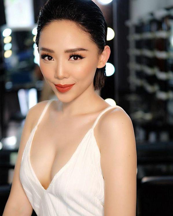 toc-tien-nong-bong-tao-dang-trong-bikini (4)