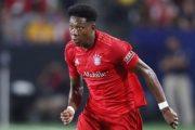Bayern mạnh miệng, Barca vỡ mộng chiêu mộ 'viên kim cương đen'