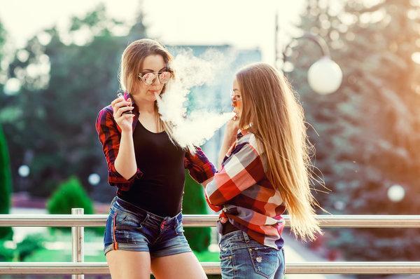 smoking vaping age 21 18