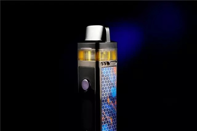 Overall, the Vinci dual-airchannel model and the visualization design of the e-juice depot are revolutionary technological breakthroughs with epoch-making significance. It pushes the limitations of previous mod or pod devices, and can meet the experience needs of different users more intelligently and conveniently.