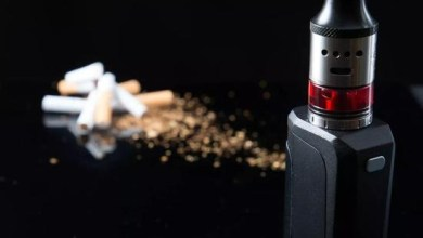 There is no optimal solution between traditional cigarette and electronic cigarette