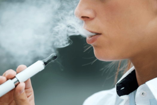 Vaping vs. Smoking | which is Better?