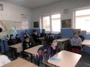 Kinder in der renovierten Grundschule von Cetatea Veche