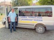 Schulbus für die Hauptschüler zum Transport nach Huedin