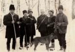 Leon Măierean, Vasile Lup, Dumitru Toderic, Ioan Tomi şi câinele Castor