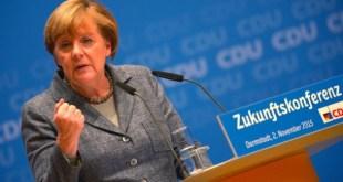 Angela Merkel á framtíðarfundi CDU í Darmstadt mánudaginn 2. nóvember 2015.