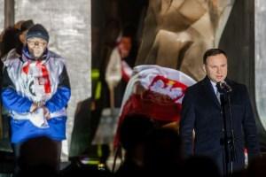 Andrzej Duda, forseti Póllands, flytur ávarp við minningarathöfnina í Gdinya.