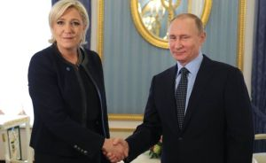 Marine Le Pen og Vladimír Pútín