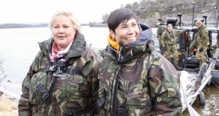 Erna Solberg forsætisráðherra (t.v.) og Ine Eriksen Søreide, nýr utanríkisráðherra Noregs.