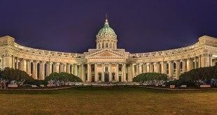 Kazan-dómkirkjan í St. Pétursborg.