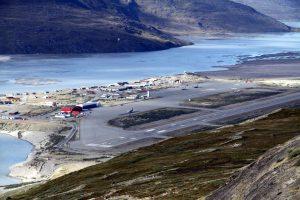 Flugvöllurinn í Kangerlussuaq (Syðri Straumfyrði).