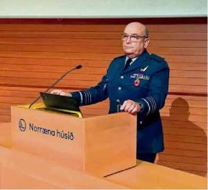 Sir Stuart Peach, formaður hermálanefndar NATO, talar á fundi Varðbergs 11. nóvember 2019 - mynd Baldur mbl.is,