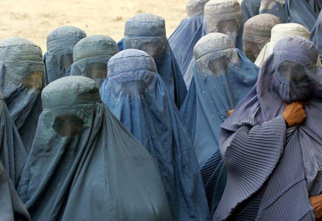 Mujeres Afganistán, talibán