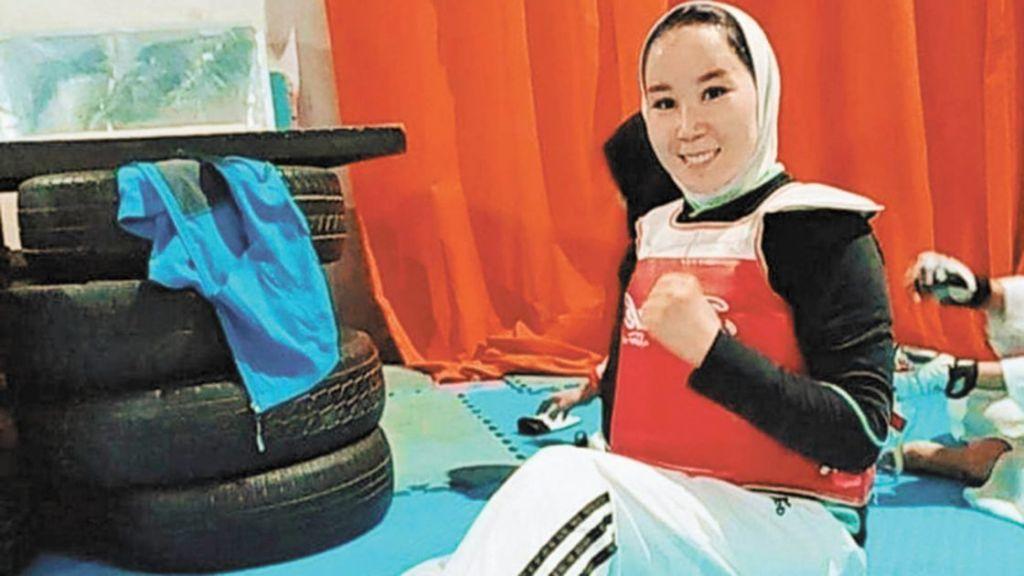 Zakia Khudadadi atleta paralímpica Afganistán