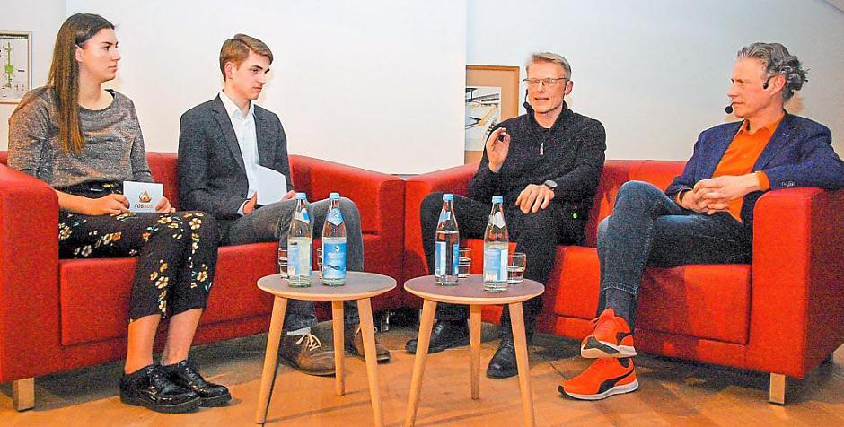 """Donaukurier: """"Keine Angst vor der Mensch-Maschine"""""""