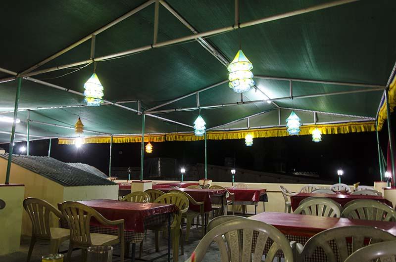 vegetarian restaurants in leh