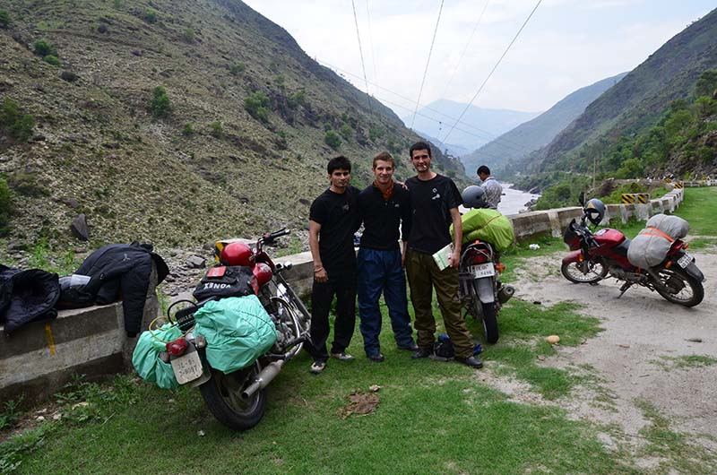 spiti valley on 100cc motorcycle