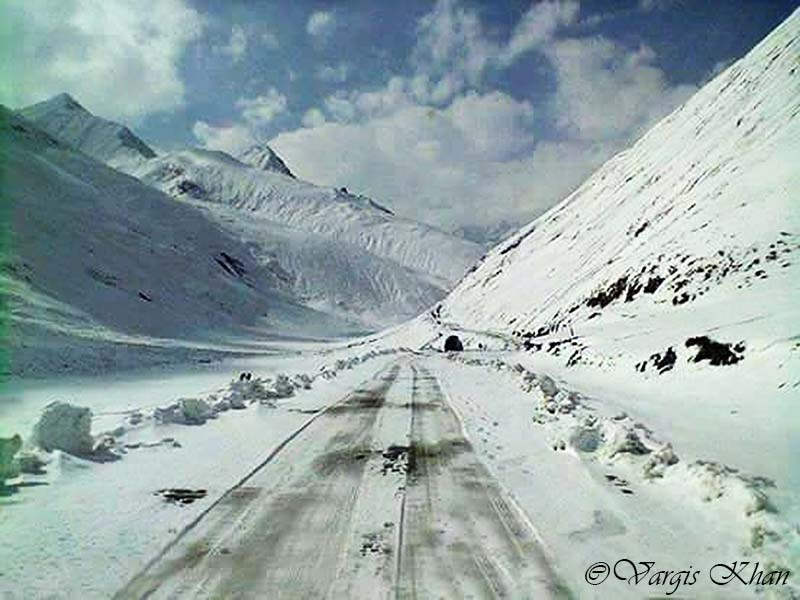 Ladakh Roads in Winter