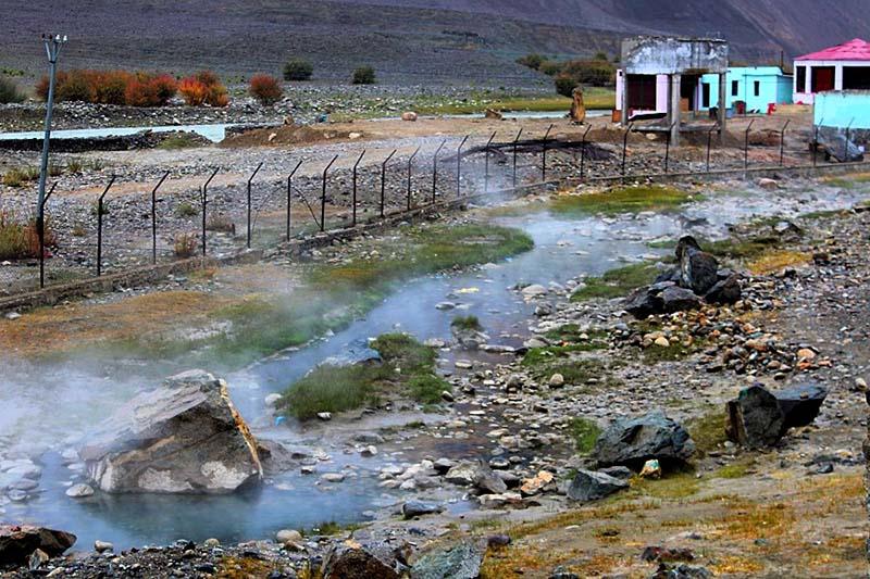 chumathang hot water springs