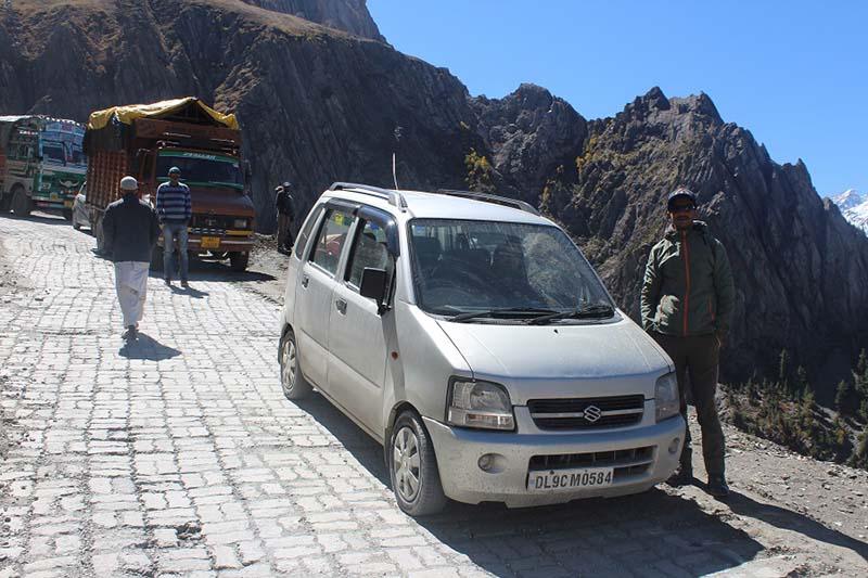 kargil to srinagar in a wagon r