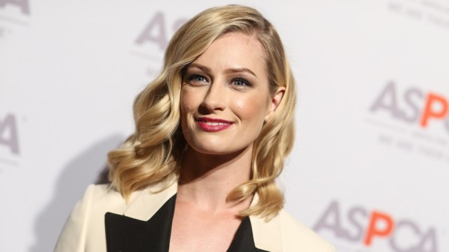2 Broke Girls' Alum Beth Behrs Takes Lead Role in Fox Comedy Pilot - Variety