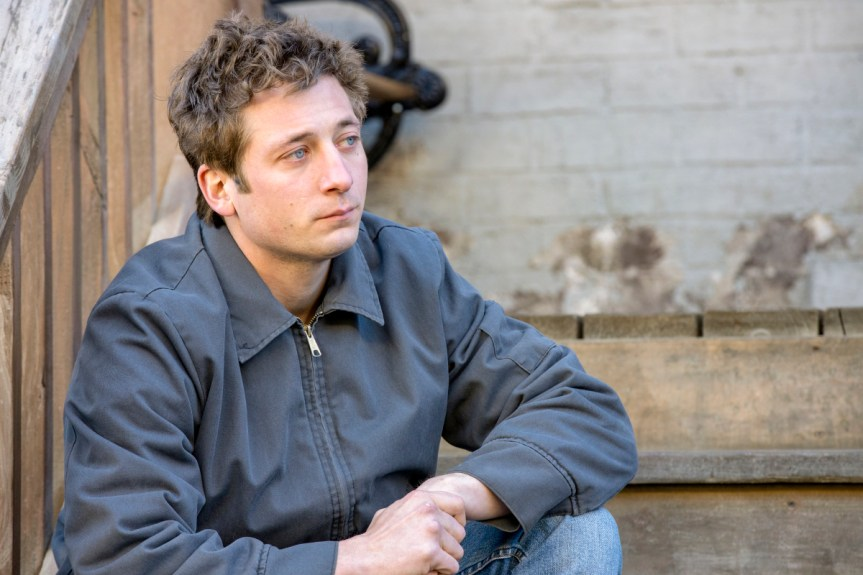 """Jeremy Allen White as Lip Gallagher in SHAMELESS, """"Father Frank, Full of Grace"""". Photo Credit: Paul Sarkis/SHOWTIME."""