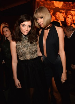 BEVERLY HILLS, CA - FEBRUARY 28: (EXCLUSIVE ACCESS, SPECIAL RATES APPLY) Lorde and Taylor Swift attend the 2016 Vanity Fair Oscar Party Hosted By Graydon Carter at the Wallis Annenberg Center for the Performing Arts on February 28, 2016 in Beverly Hills, California. (Photo by Kevin Mazur/VF16/WireImage)
