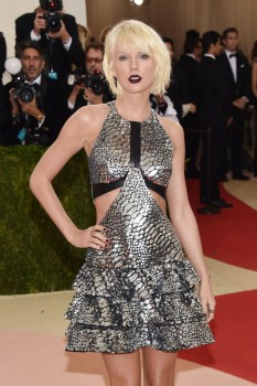 """attends the """"Manus x Machina: Fashion In An Age Of Technology"""" Costume Institute Gala at Metropolitan Museum of Art on May 2, 2016 in New York City."""